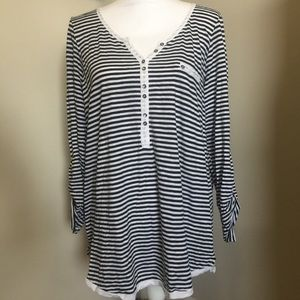 TORRID 1X Stripe V-neck Long Roll Tab Sleeve Top
